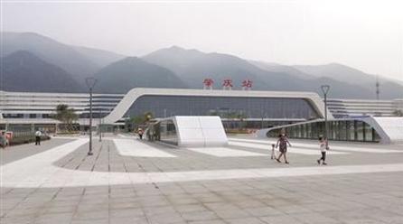 据悉肇庆火车站今年启用人证识别系统刷脸进站